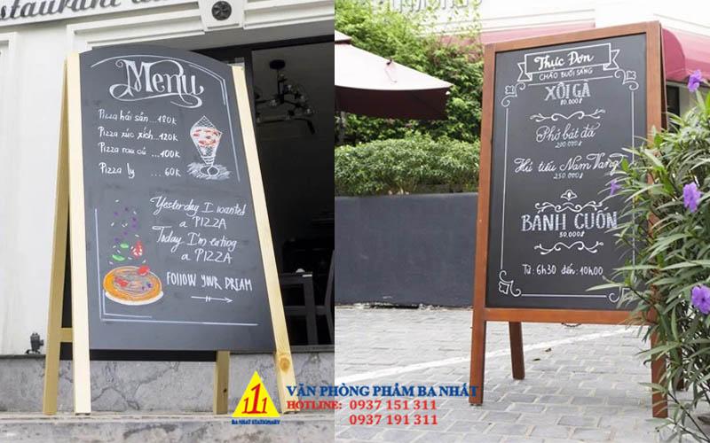 bảng menu đứng, bảng đen menu, bảng menu gỗ chân đứng